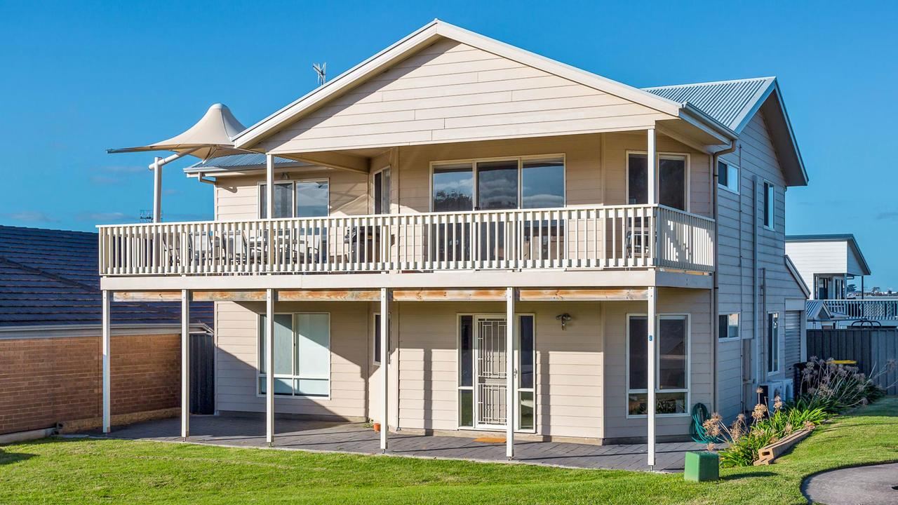 Rocks Beach House Victor Harbor - Redcliffe Tourism
