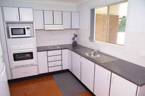 Bellhaven 1 17 Willow Street - Redcliffe Tourism
