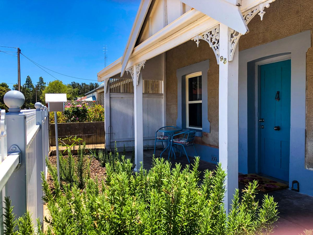 Inglenook Cottage - Redcliffe Tourism
