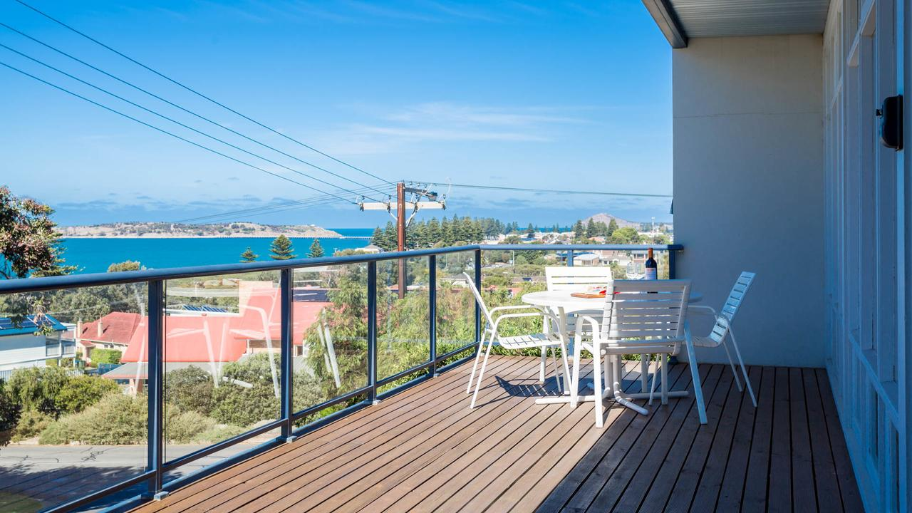 Victor Apartments - Redcliffe Tourism