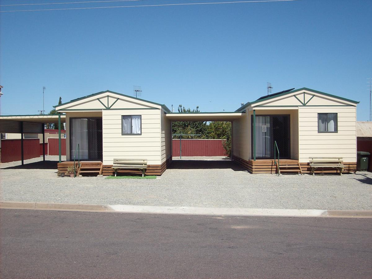 Jacko's Holiday Cabins - Redcliffe Tourism