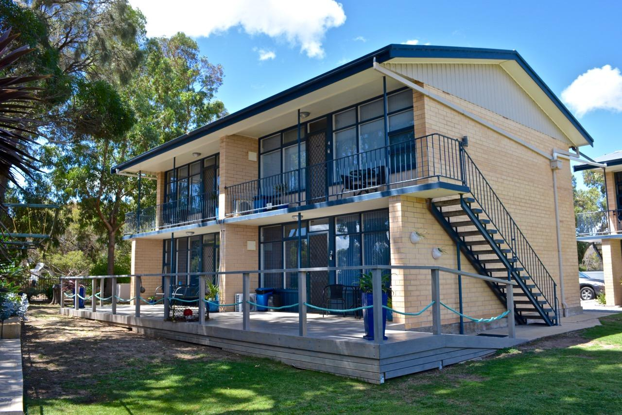 Longbeach Apartments - Redcliffe Tourism