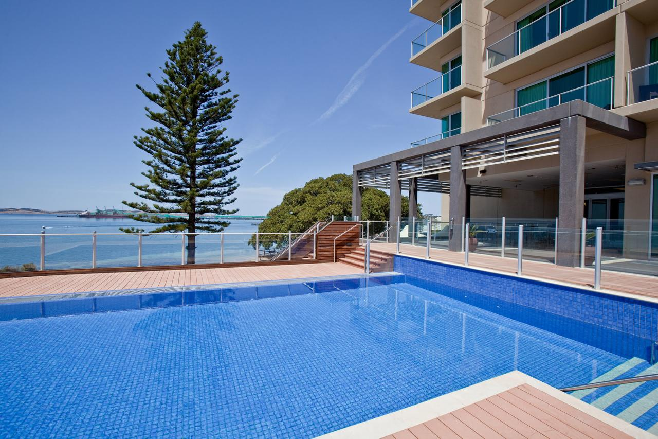 Port Lincoln Hotel - Redcliffe Tourism