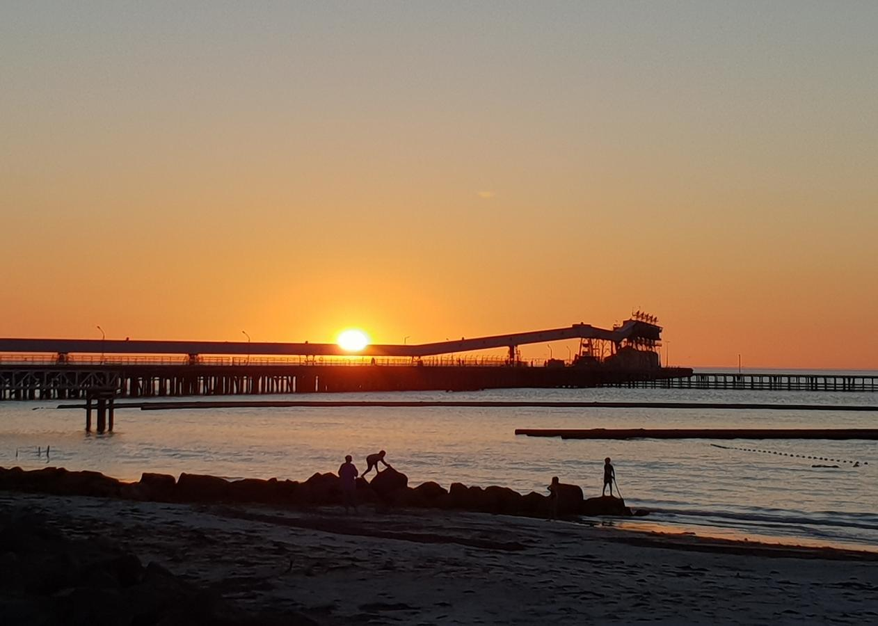 Wallaroo Beachfront Tourist Park - Redcliffe Tourism