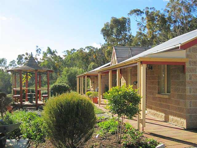 Riesling Trail  Clare Valley Cottages - Redcliffe Tourism