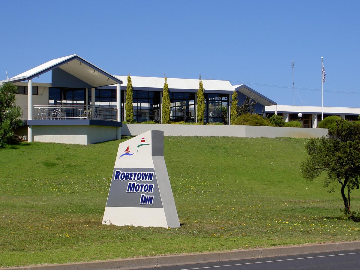 Robetown Motor Inn  Apartments - Redcliffe Tourism