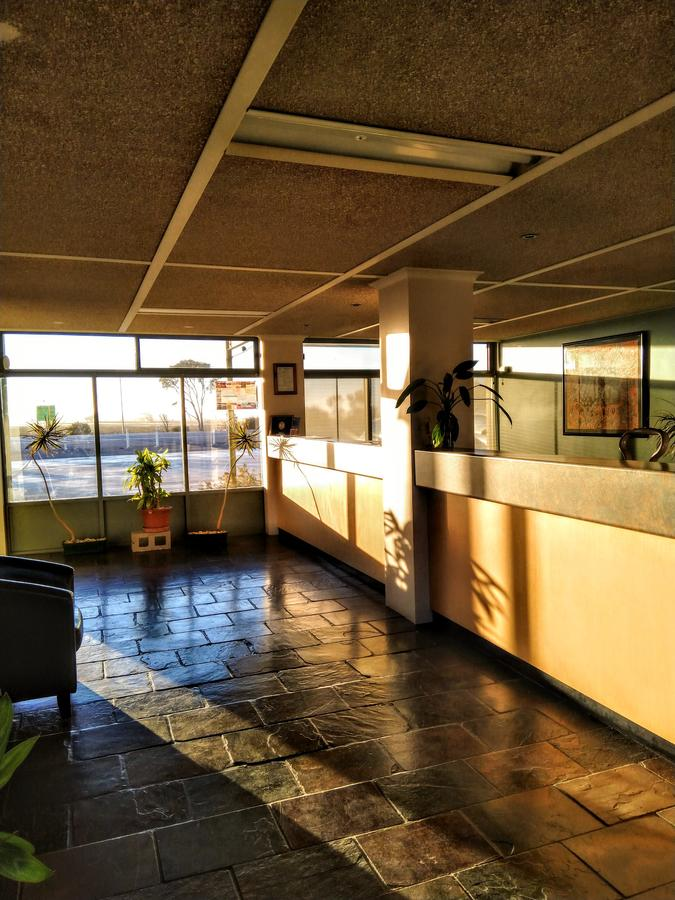 Highway One Motel - Redcliffe Tourism