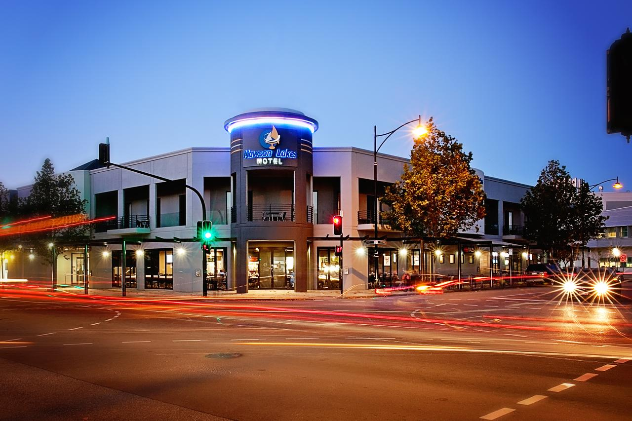 Mawson Lakes Hotel - Redcliffe Tourism