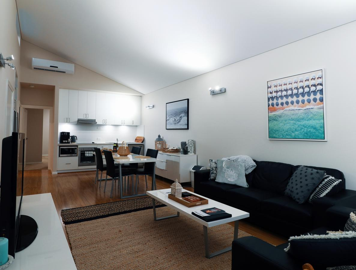 Villa Sedici  Cape Villas Dunsborough - Redcliffe Tourism