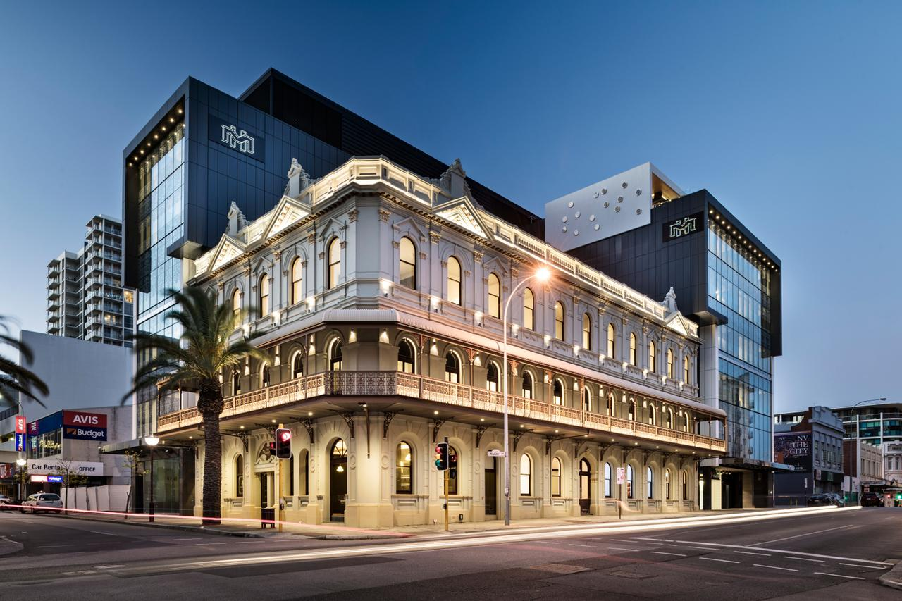 The Melbourne Hotel - Redcliffe Tourism