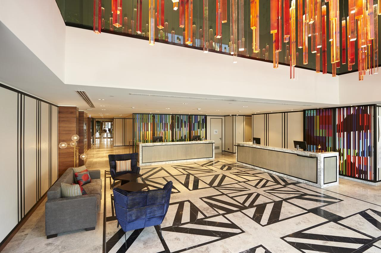 Doubletree By Hilton Perth Northbridge - Redcliffe Tourism