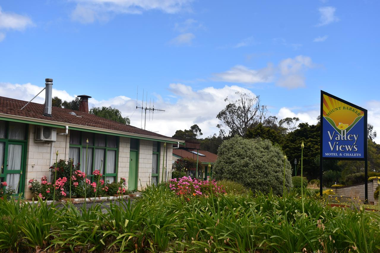 Valley Views Motel  Chalets - Redcliffe Tourism