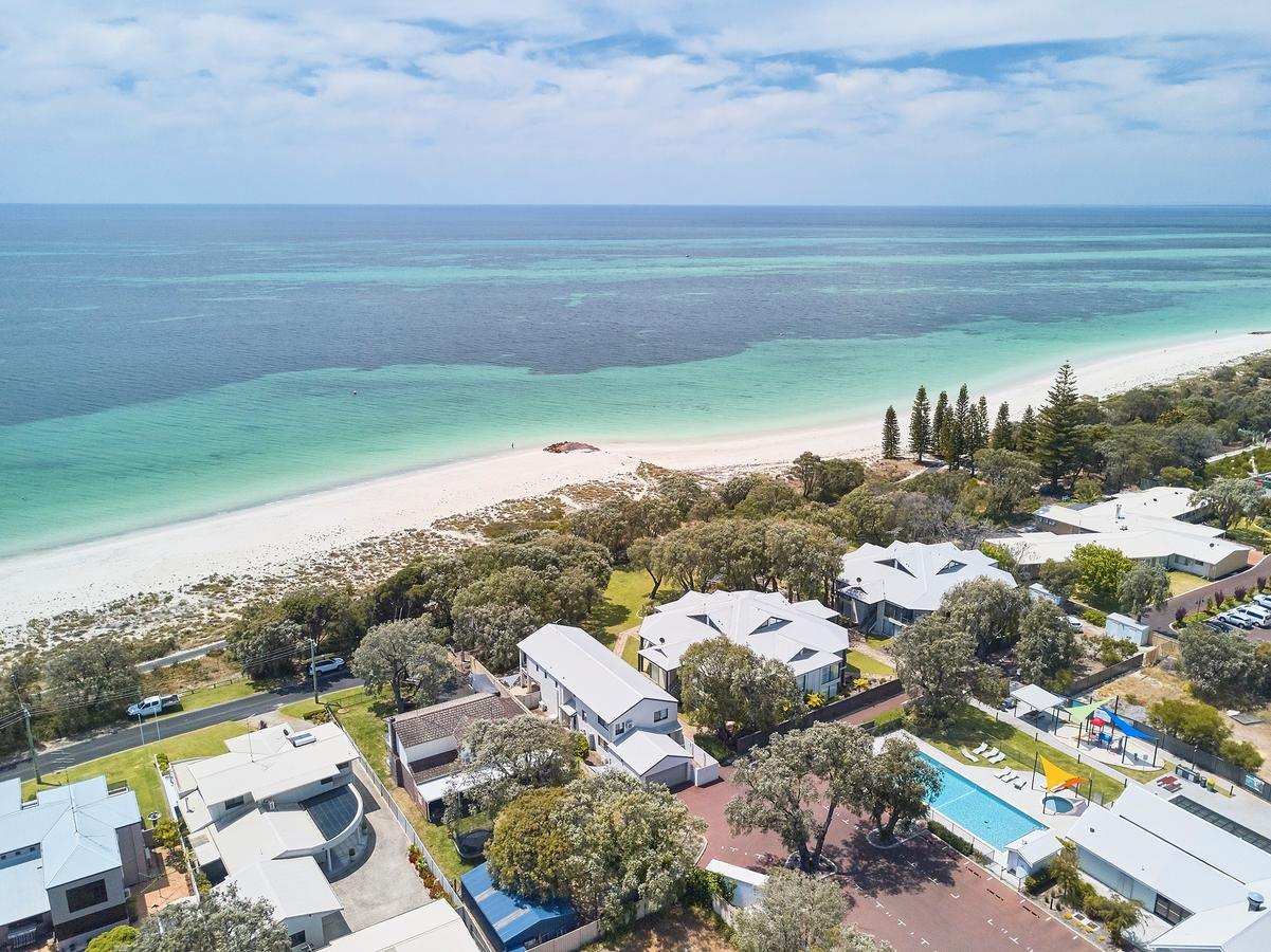 Cape View Beach Resort - Redcliffe Tourism