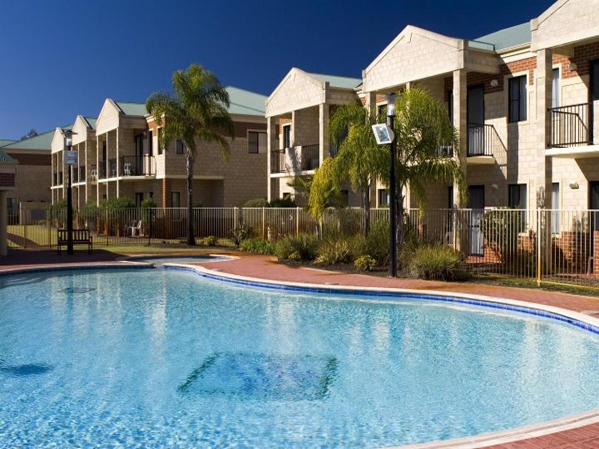 Country Comfort Perth - Redcliffe Tourism