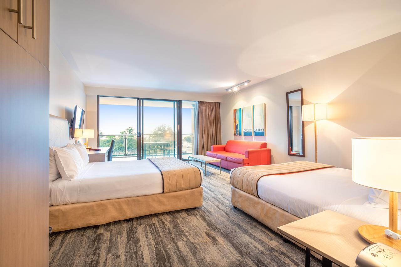 Quality Hotel Narrabeen Sands - Redcliffe Tourism