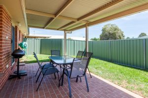 Colonial Court Villas - Redcliffe Tourism
