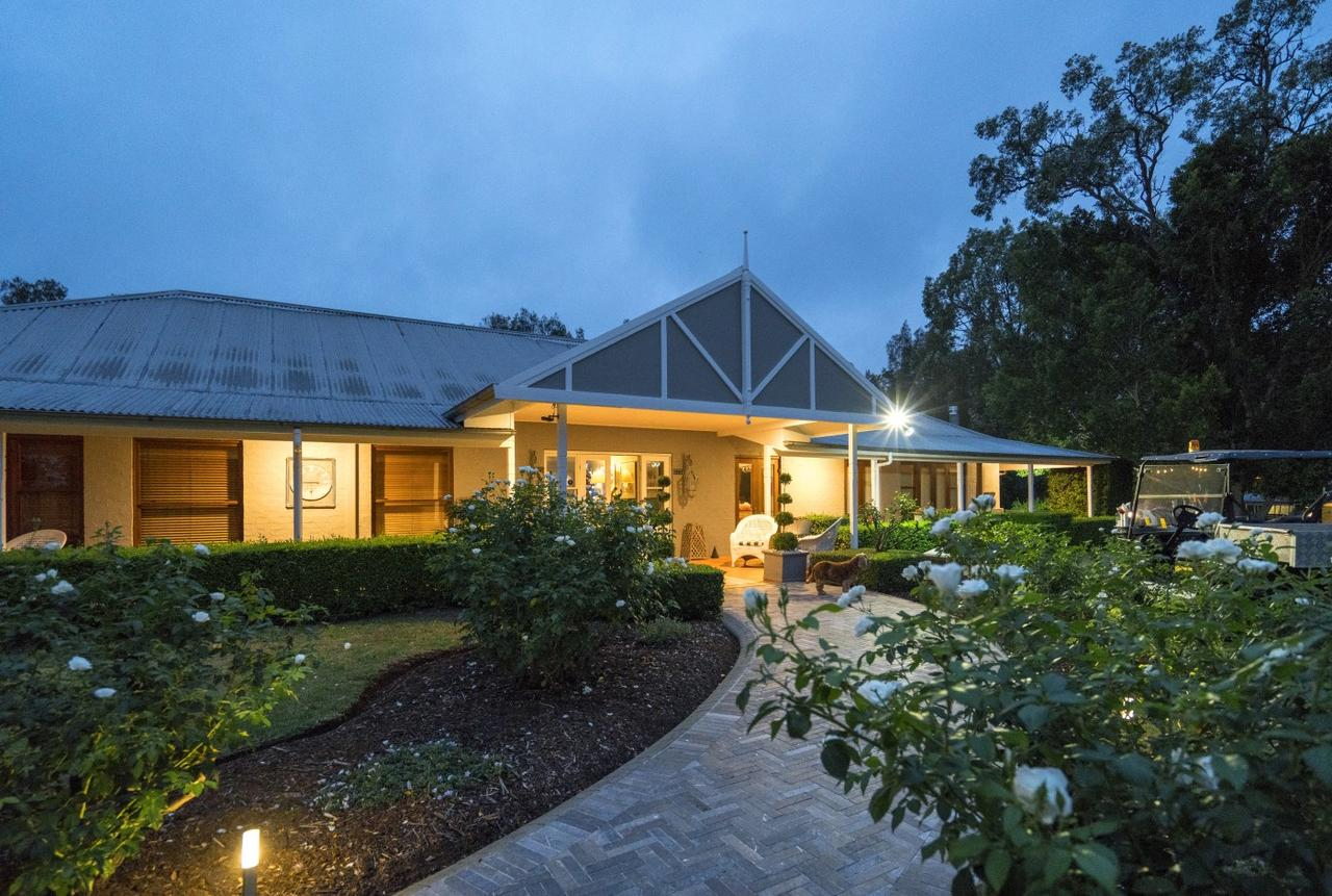 Thistle Hill Guesthouse - Redcliffe Tourism