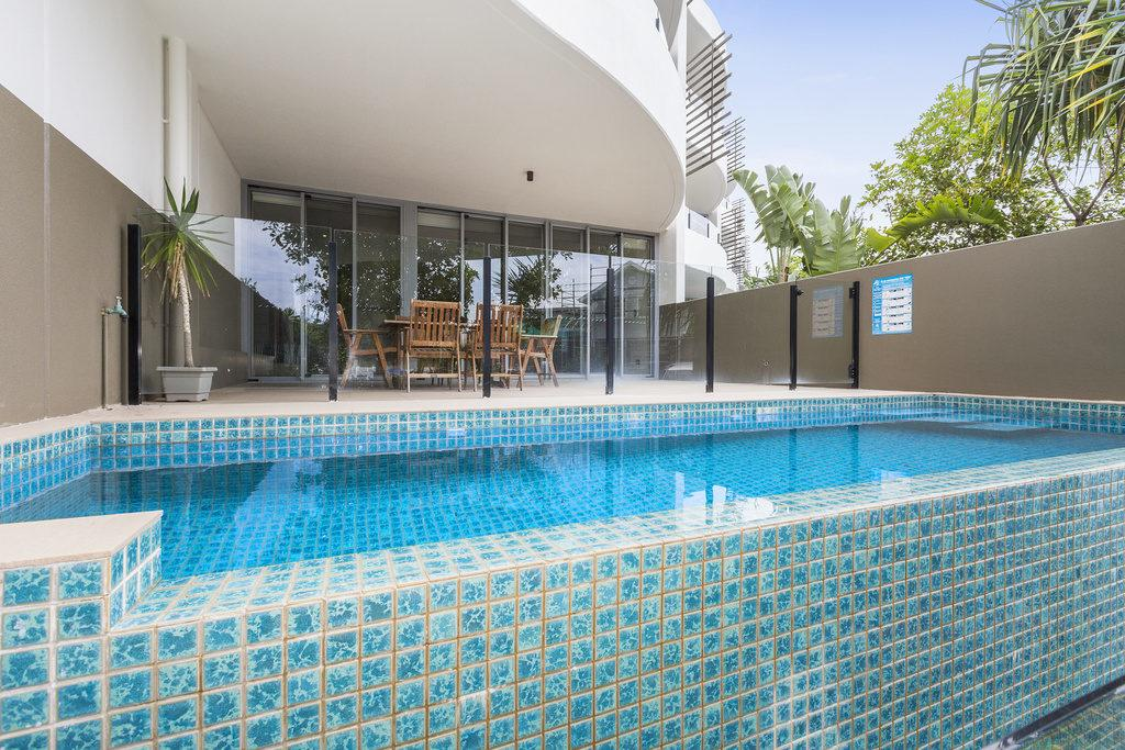 COTTON BEACH 8 ESCAPE WITH PRIVATE PLUNGE POOL - Redcliffe Tourism