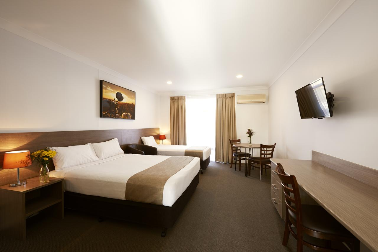 Adelong Motel - Redcliffe Tourism