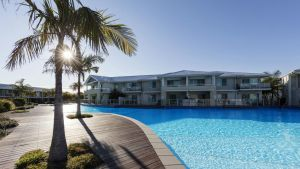 Oaks Pacific Blue Resort - Redcliffe Tourism