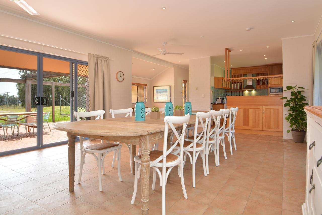 James Estate Guesthouse - Redcliffe Tourism