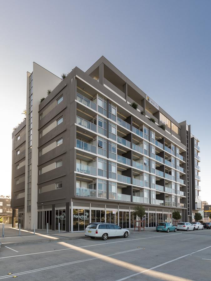 Honeysuckle Executive Apartments - Redcliffe Tourism