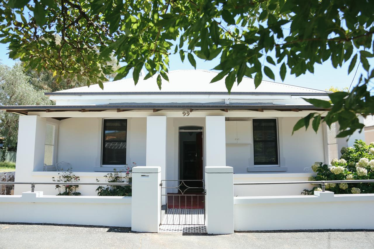 99 Hill Street Apartments - Redcliffe Tourism