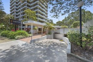 Pacific Towers Beach Resort - Redcliffe Tourism