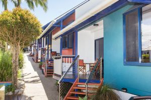 Clubyamba Beach Holiday Accommodation - Adults Only - Redcliffe Tourism