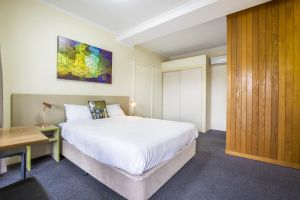 Boomerang Hotel - Redcliffe Tourism