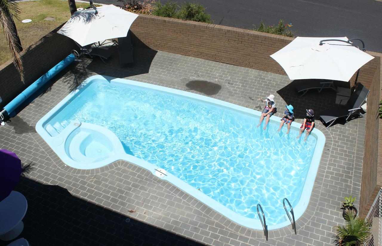 Narooma Palms Holiday Apartments - Redcliffe Tourism
