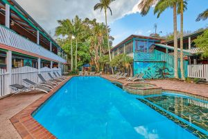 Arts Factory Lodge - Redcliffe Tourism