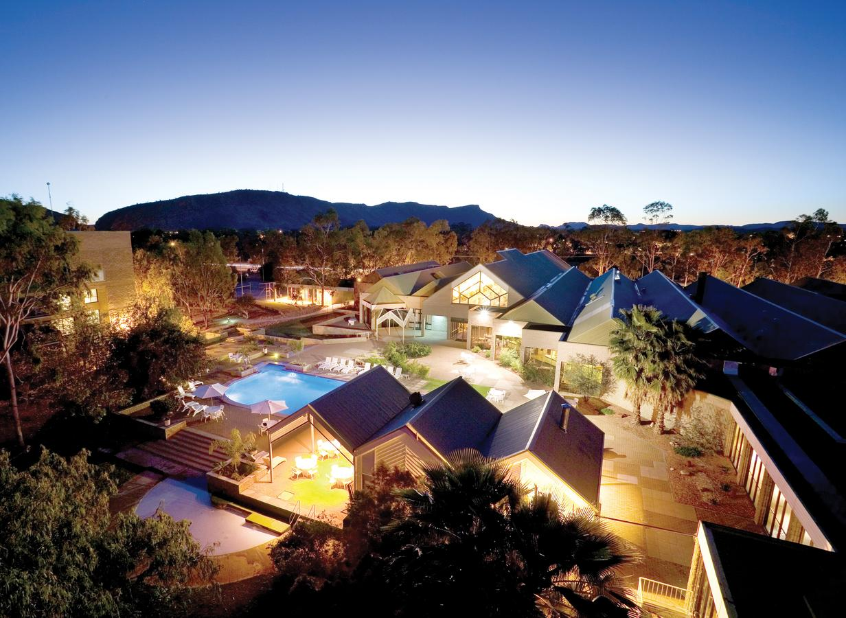 DoubleTree by Hilton Alice Springs - Redcliffe Tourism