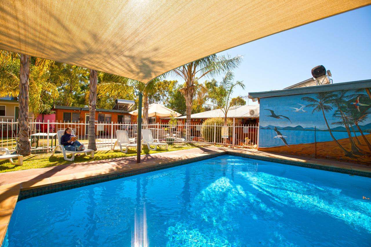 Alice Lodge Backpackers - Redcliffe Tourism