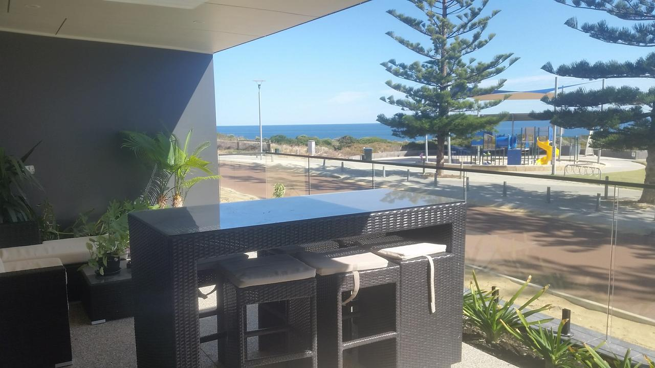Mandurah beach front apartment - Redcliffe Tourism