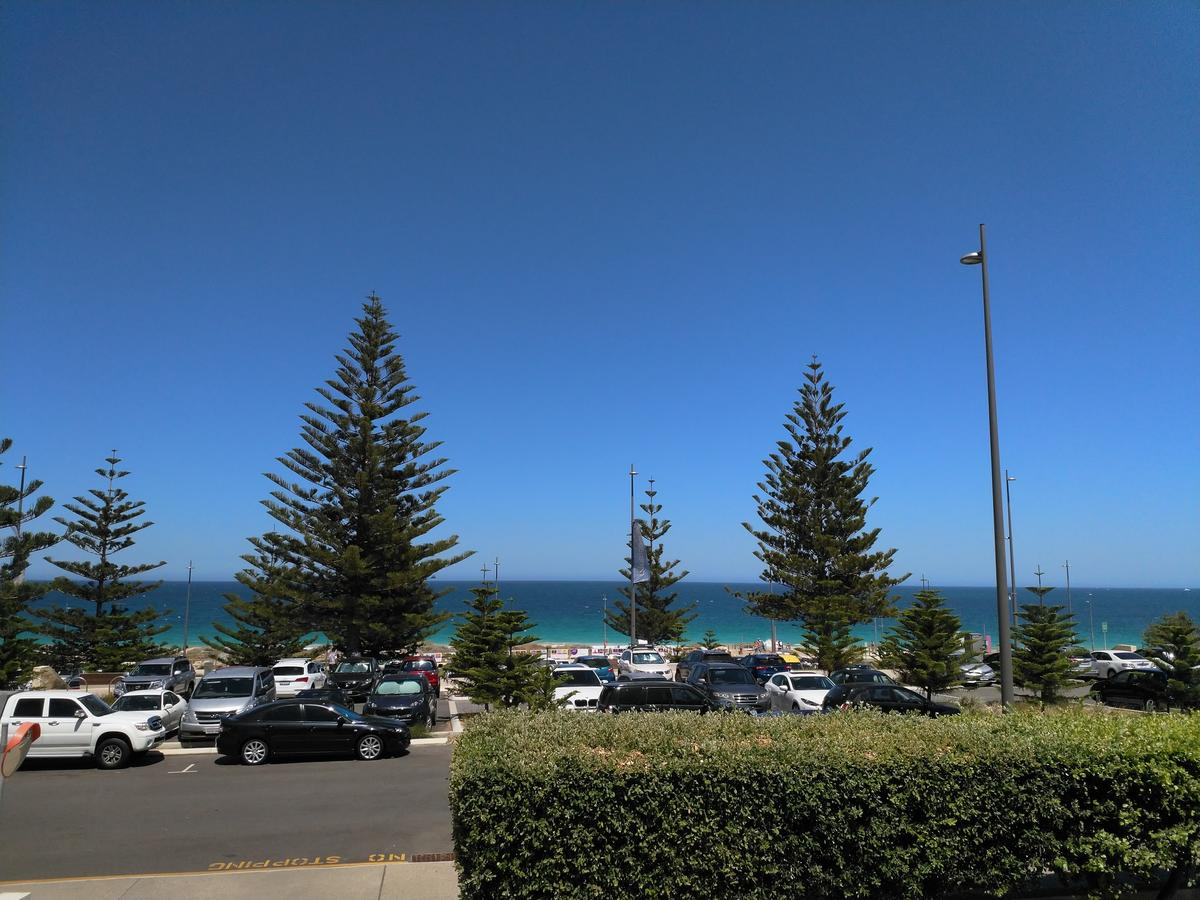 Salty Kiss - Redcliffe Tourism