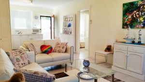 Island View Villas - Redcliffe Tourism