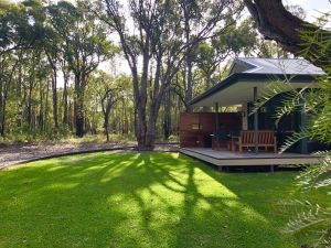 Amaroo Retreat  Spa - Redcliffe Tourism
