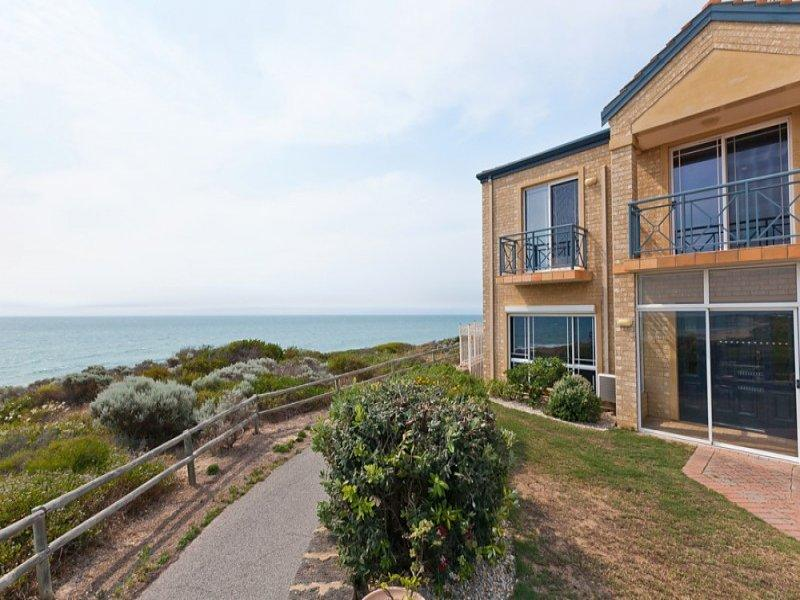 Caravel Beach House Mandurah - Redcliffe Tourism