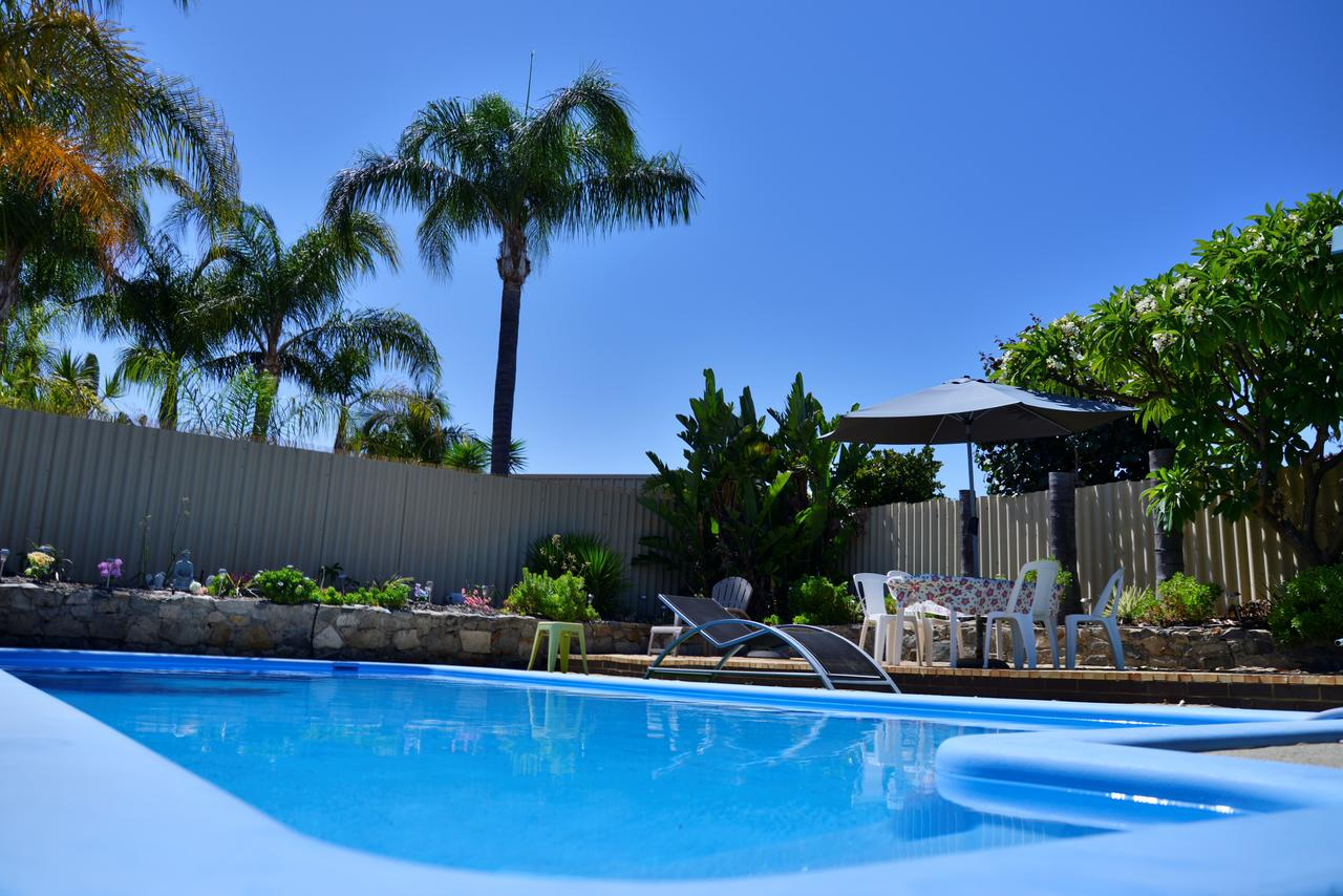 Palms Bed  Breakfast - Redcliffe Tourism