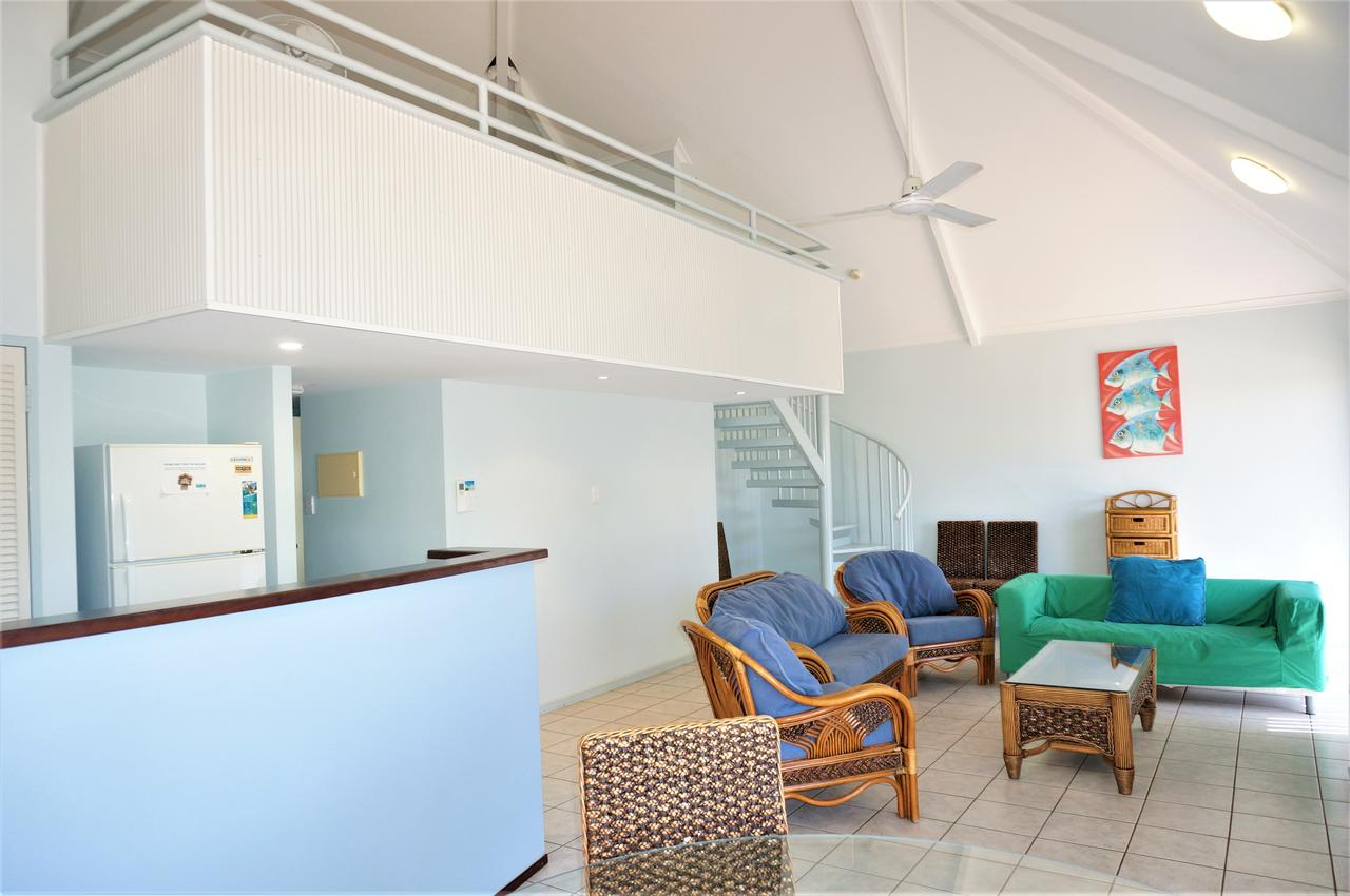 Osprey Holiday Village Unit 120 - Plenty of room for a large family - Redcliffe Tourism