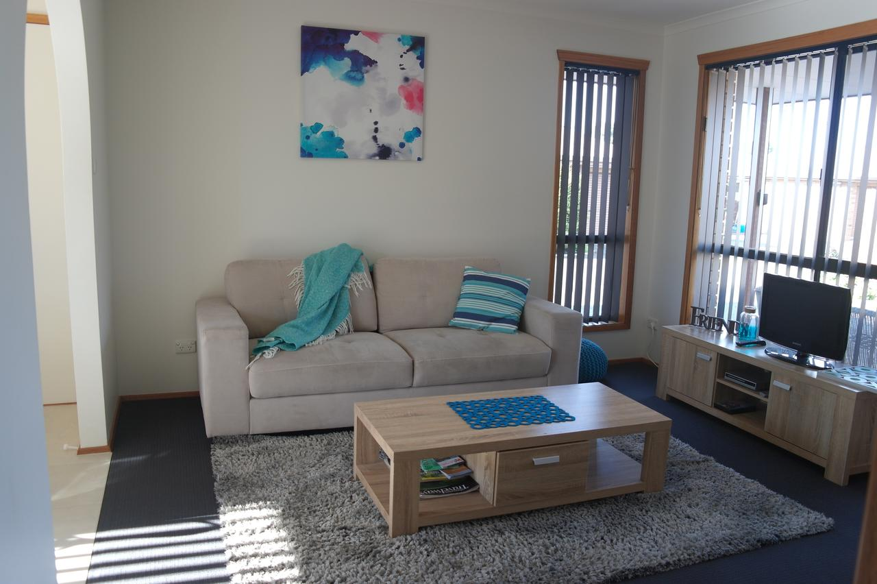 Modern 2 bedroom appartment - Redcliffe Tourism