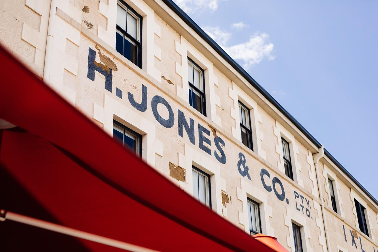 The Henry Jones Art Hotel - Redcliffe Tourism