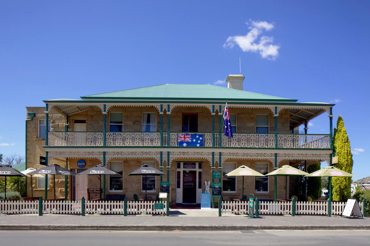 The Richmond Arms Hotel - Redcliffe Tourism