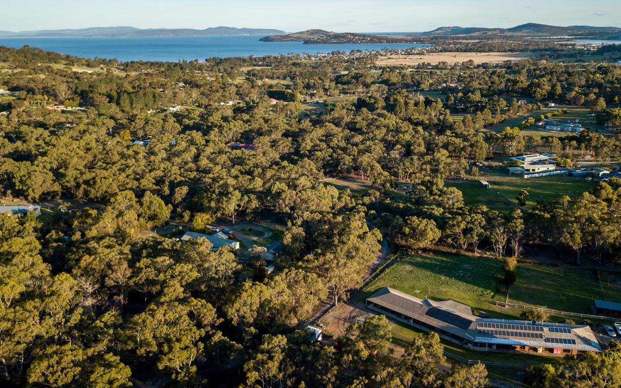 Acton Park Holiday Units - Redcliffe Tourism