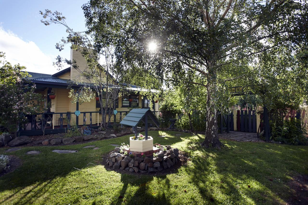 Blue Wren Riverside Cottage - Redcliffe Tourism