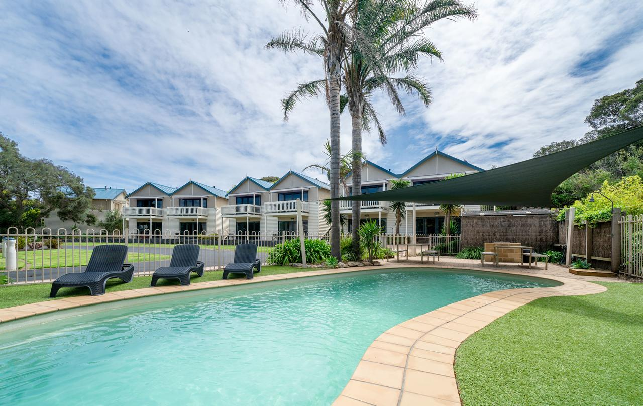 Boathouse Resort Studios and Suites - Redcliffe Tourism