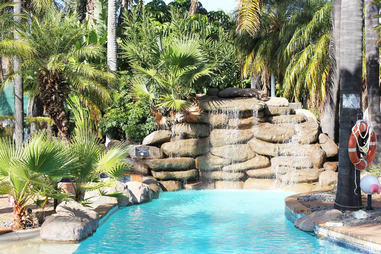Swan Hill Resort - Redcliffe Tourism