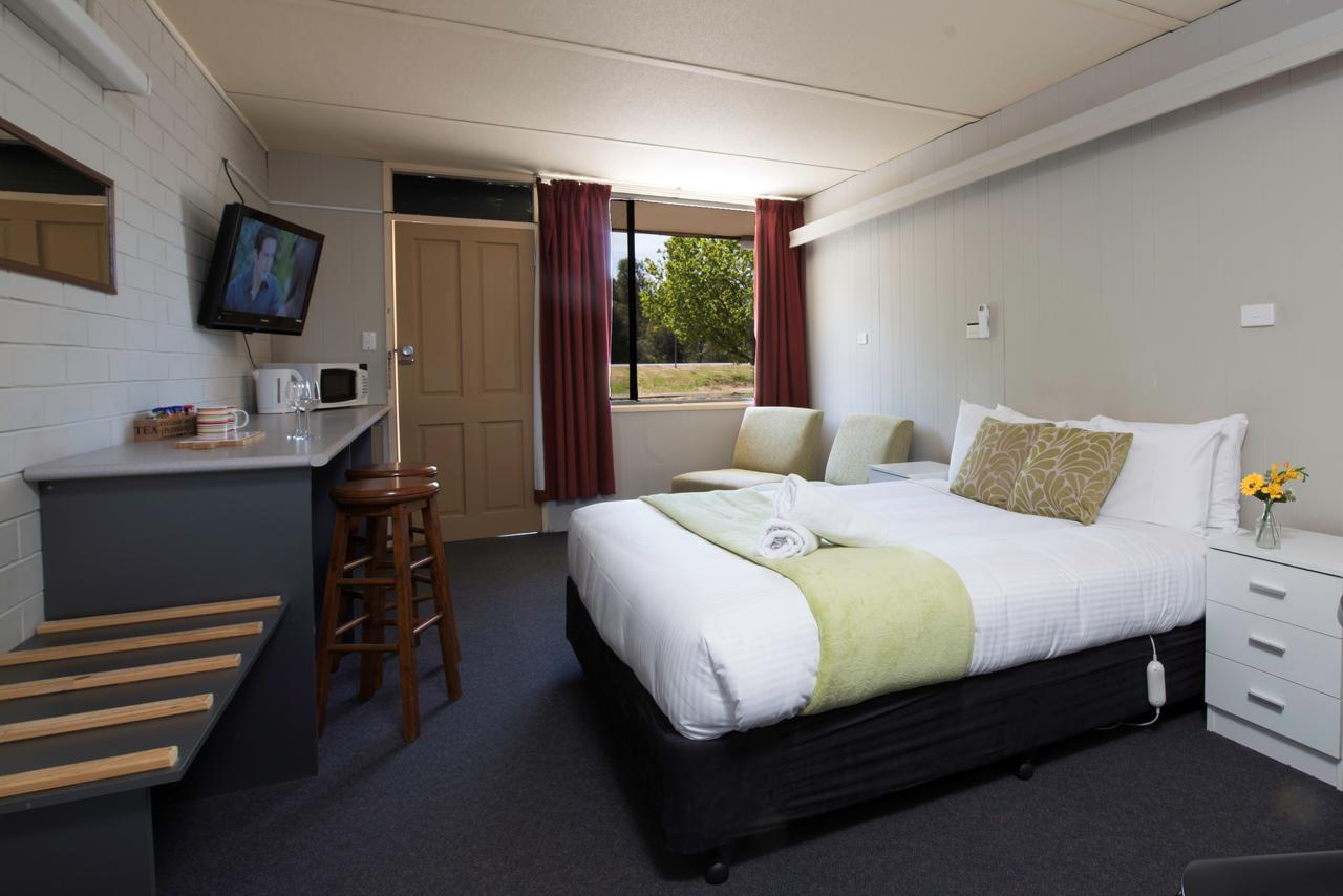 Bridgewater Motel - Redcliffe Tourism