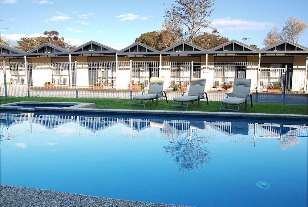 Mornington Motel - Redcliffe Tourism